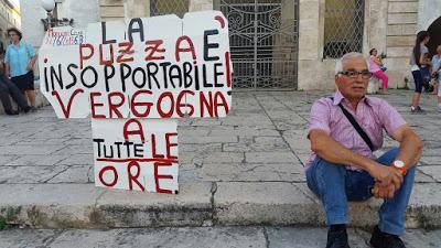 """""""BASTA PUZZE"""" a Modugno!!!"""
